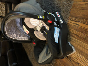 Graco Stoller and Car seat/Base Set.