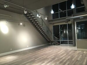Prestigeous Office Space with Showroom & Warehouse - Vaughan.