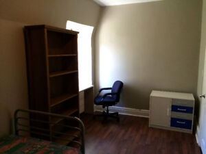 Room for Rent in Downtown