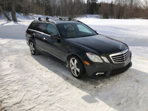 2011 Mercedes-Benz E-350 Wagon 4Matic - LUXURY PACKAGE, PANO