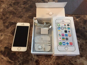 IPhone5S 32 GB (Bell) for sale 240$
