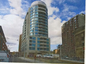 BEAUTIFUL BRIGHT 1 BEDROOM + DEN CONDO