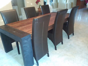 Solid exotic wood Dining room table with 6 leather chairs West Island Greater Montréal image 2