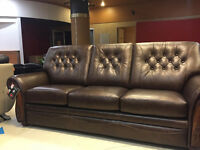 Liquidation top leather sofa set made in Canada