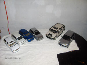 DIE CAST CARS. SUV