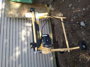 Powerfist 4 ton Electric Log Splitter with Stand