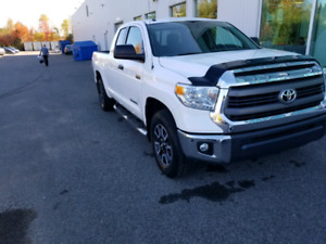 Toyota Tundra TRD double Cab bas milage