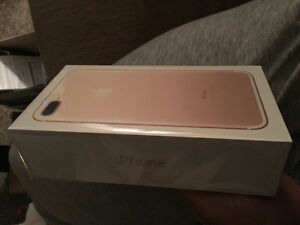 iPhone plus 7 128 gold and rose gold