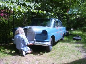 SOLD   1966 Mercedes fintail 200 D
