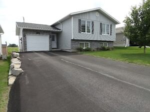 $276,900 120 Cockburn Cr. Pembroke Ontario... for Sale by Owner