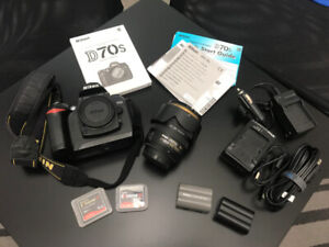 Nikon D70s with 18-70 Nikkor - Mint Condition