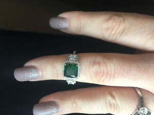 Charmed Aroma Emerald Ring