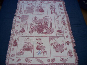 Woodworkers &Weavers tapestry teddy bear baby blanket-never used