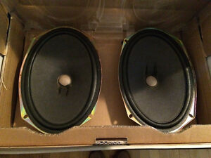 SELLING 2002 ACCORD REAR SPEAKERS 6x9 NON-NEGO WEST ISLAND