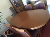 Extendable Oak table and Chair