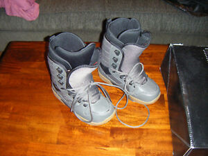 New Snowboard Boots - Size 8