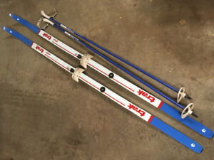 Trek Sport 195's Cross Country Skis