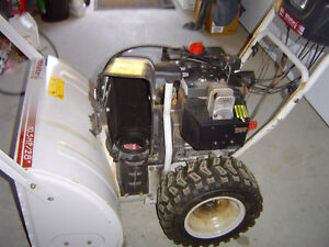 TRADE 10.5HP, 28 inch cut with Electric Start SNOWBLOWER for ATV Peterborough Peterborough Area image 2