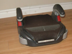 """car seat of the booster seat variety.  """"Graco"""" brand."""