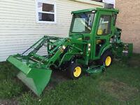 John Deer Tractor 1025R