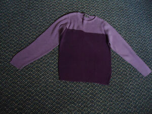 Ladies Size M/M Lightweight 2 Tone Knit Sweater