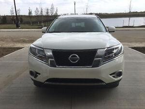 2015 Nissan Pathfinder SL SUV w/ Extended Warranty