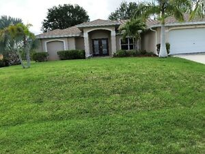 Cape Coral Vacation Pool Home