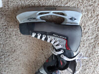 Skates size 5d Easton's in great shape.