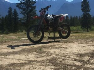 SINGLE TRACK SLAYER KTM 300 XC-W