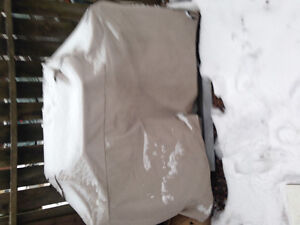 BACKYARD GRILL - GREAT CONDITION