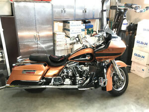 2008 anniversary Roadglide air suspension and tons of extras.