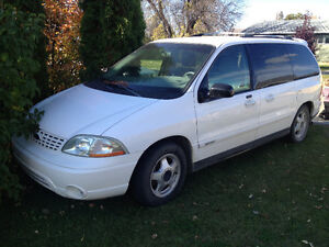 2003 Ford Windstar Minivan with Lift & Scooter