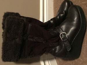 """Ladies """"Limited Too"""" boots"""