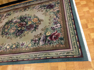 Beautiful 7 X 10 Floral Olefin Egyptian Carpet SEE VIDEO
