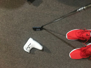 Tommy Armour 35' golf putter