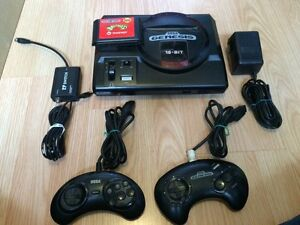Sega Genesis 16-Bit console with 2 remotes and Battletoads