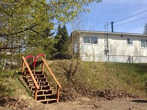 Available October 1st 3 bed trailer $995 a month