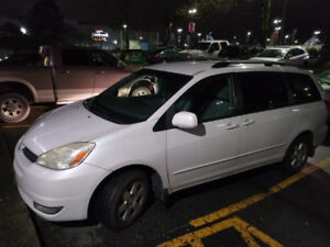 MUST SELL 2004 TOYOTA SIENNA VAN $4300--