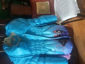 Manteau autome hivers  reine des neiges Anna -  olof-