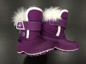 ed8540f2924 Size 5 New Winter Boots   Kijiji in Alberta. - Buy, Sell & Save with ...
