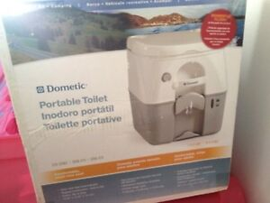 Deluxe portable camping toilet