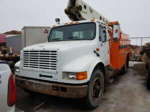 1993 International 4700 Bucket Truck in great condition