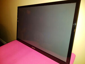 "43"" Samsung Plasma TV  and LG Blue Ray player"