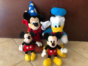 TOY STUFFIES MICKEY MOUSE AND DONALD DUCK COLLECTION
