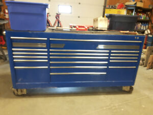 AUTO MECHANIC SNAP ON TOOLS WITH 8' MAC TOOLBOX