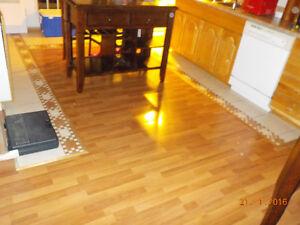 Plancher bois flottant (stratifié) de qualité supérieure 160$ Lac-Saint-Jean Saguenay-Lac-Saint-Jean image 1