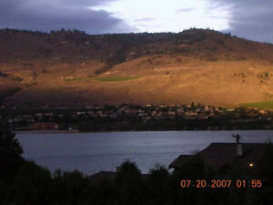 Osoyoos: 4/5 Bdrm - Lakeview Townhome, year-round/long-term