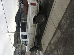 1996 Ford F-350 Xlt Pickup Truck