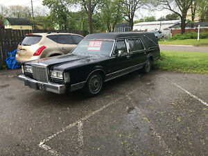 1987 Lincoln (Hearse) Town Car Wagon