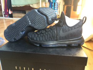 Nike KD9 Basketball Shoes